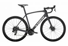 Velo de route trek domane sl 7 disc sram force axs 12v matte charcoal trek black 2021 50 cm 158 163 cm